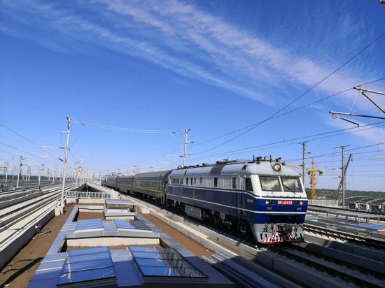High-speed rail line from Beijing to Xiong'an in final tests