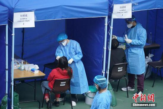 Hong Kong reports 76 new COVID-19 cases, 10,085 in total
