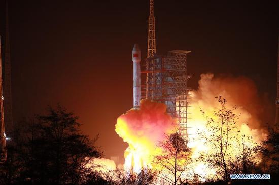 China launches new mobile telecommunication satellite