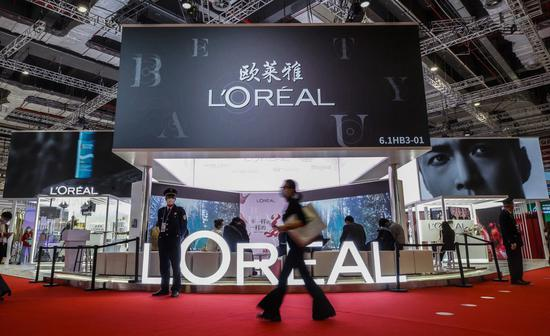 China becomes leading market for French cosmetics, says sector union