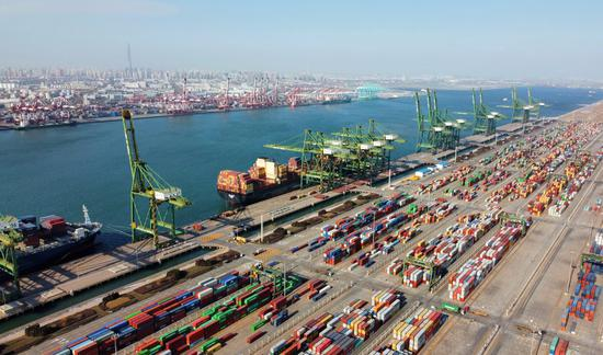 China's ports register rising cargo throughput in January