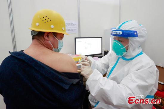 Constructors for Beijing Winter Olympics competition venues get COVID-19 vaccine