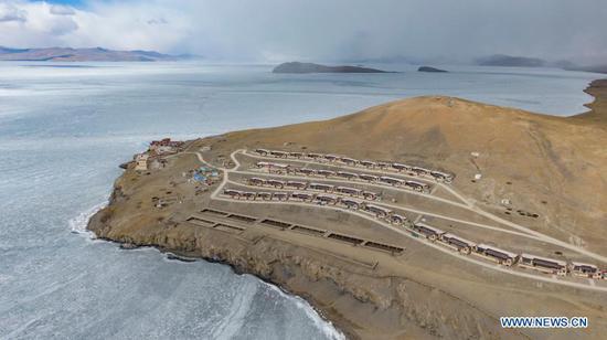 西藏迪瓦村的年度迁移