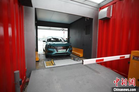 First EV battery-swapping station in Shanghai put into use