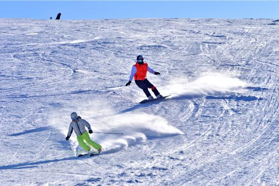 Ski resorts carve out new jobs on slopes