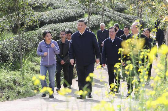 President Xi stresses more efforts to serve, integrate into new development paradigm