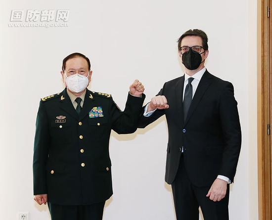 President, prime minister of North Macedonia meet Chinese defense chief