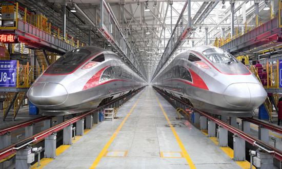Smart self-driving bullet trains operate more routes in China before July 1