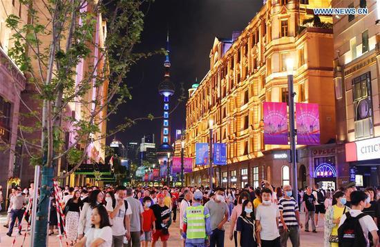 People visit the renovated East Nanjing Road Walkway in east China's Shanghai, Sept. 12, 2020. (Photo/Xinhua)