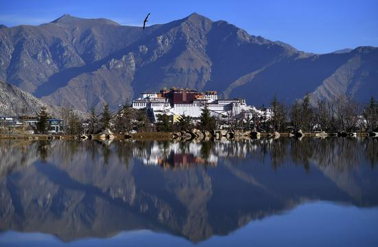 National virus diagnosis platform settles in China's Tibet