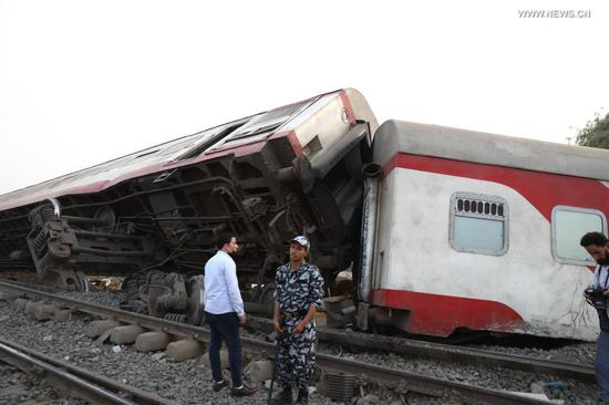 Photo taken on April 18, 2021 shows the scene of a train derailment in the Delta city of Toukh, Egypt. At least 97 people were wounded in a train derailment on Sunday in the Delta city of Toukh, north of the Egyptian capital Cairo, the Egyptian Health Ministry said. (Xinhua/Ahmed Gomaa)