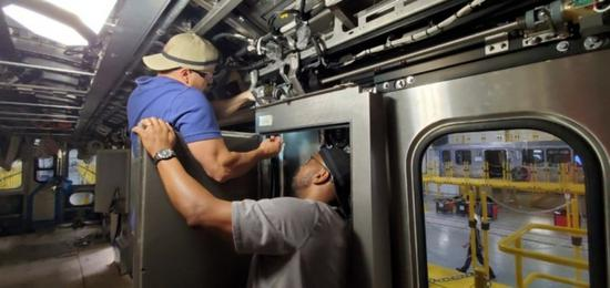 CRRC Sifang America made railcars begin in-service testing in Chicago