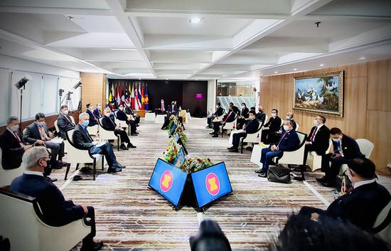 The Association of Southeast Asian Nations (ASEAN) holds a leaders' meeting to discuss the ongoing situation in Myanmar at the ASEAN secretariat in Jakarta, Indonesia, April 24, 2021. (Photo by Laily Rachev/Presidential Press Bureau/Handout via Xinhua)