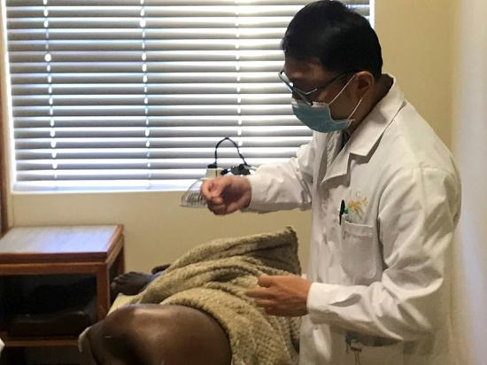 Traditional Chinese medicine clinic in Namibia gives locals new lease on life