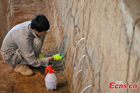 Systematic restoration on ancient city wall of Liangzhu begins
