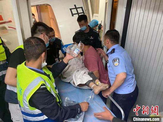 Boy's severed arm saved by efforts of many in Xinjiang