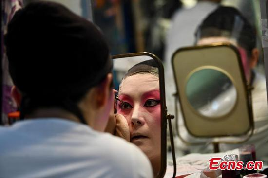 Cantonese Opera for Appeasing Gods highlights Chinese traditional culture