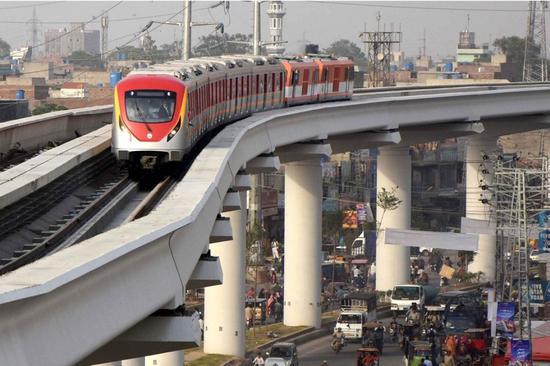 China-Pakistan Economic Corridor bears fruit amid 70th anniversary of ties