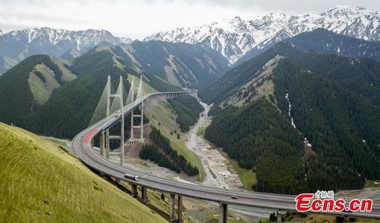 Magnificent views of Guozigou Bridge in Xinjiang