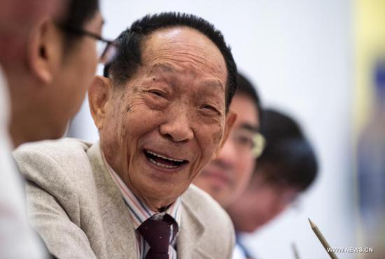 Xi's condolences conveyed to family of 'father of hybrid rice'