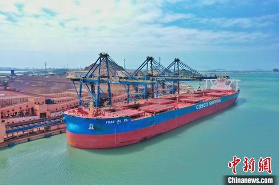 400,000-ton-level Luoyu Port put into service in Fujian