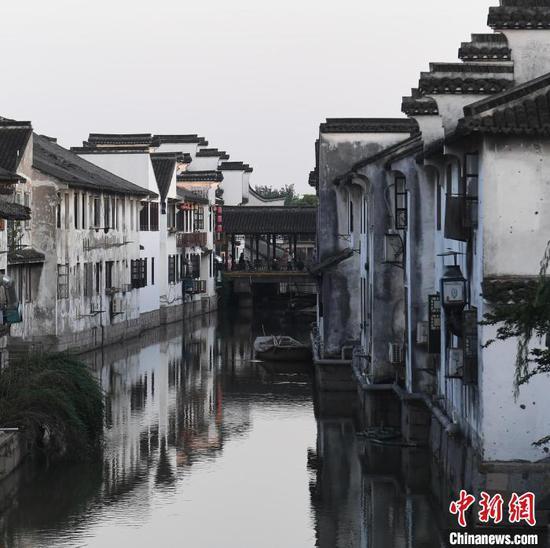 Picturesque Xitang Ancient Town in Zhejiang