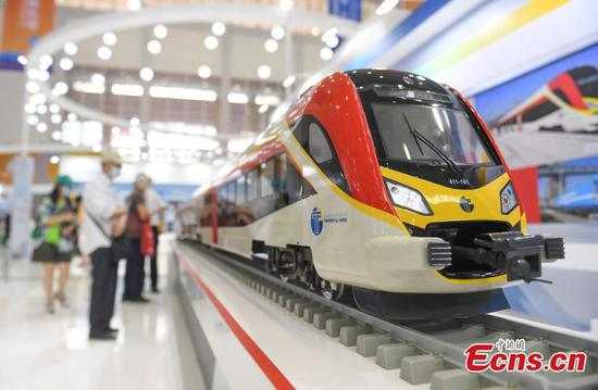 2nd China-CEEC Expo opens to public visitors