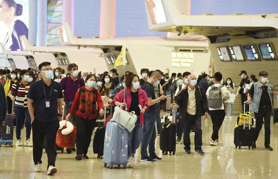 China estimates 124m passenger trips during holiday