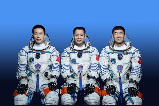 China unveils Shenzhou-12 astronauts for space station mission