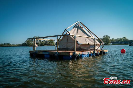 Raft-house hotel in Belgium offers perfect solution for traveling during pandemic