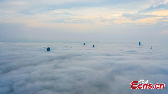 Mist and cloud decorate city of Wuhan