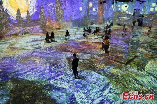 Immersive exhibition of Van Gogh in NY brings visitors breathtaking experiences