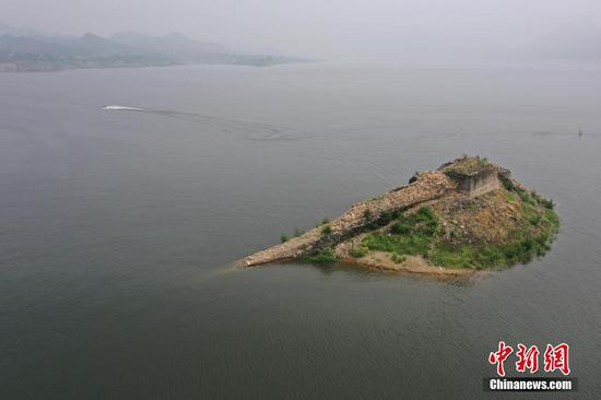 Great Wall remains in Hebei emerge from receding water