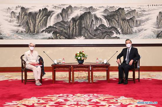 Chinese FM meets U.S. deputy secretary of state, urging rational China policy