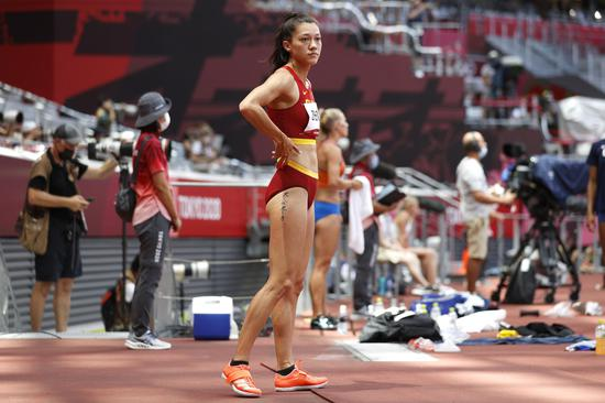 China's first naturalized track & field athlete competes in women's heptathlon at Tokyo Olympics