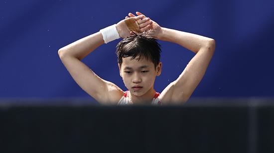 14-year-old Chinese diver Quan Hongchan wins gold in women's 10-meter platform