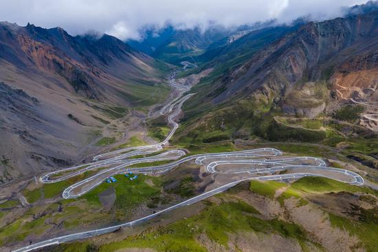 Stunning late summer scenery in Tibet