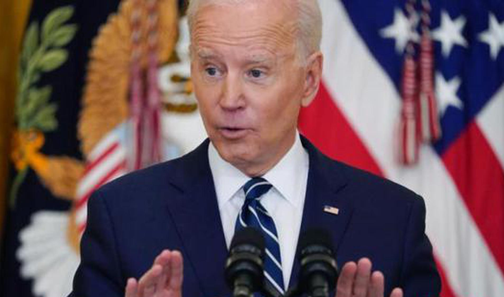 U.S. faces evacuation challenges as poll shows disapproval of Biden's handling of Afghanistan