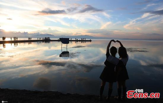 Spectacular scenery of Dianchi Lake in SW China's Kunming
