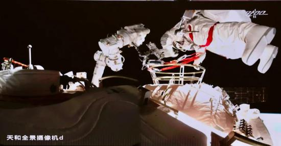 Chinese astronauts conduct second round of extravehicular activities