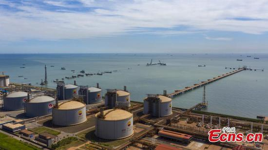 China's largest LNG Terminal put into operation in Hebei