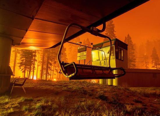 Huge wildfires burn ski resort in California