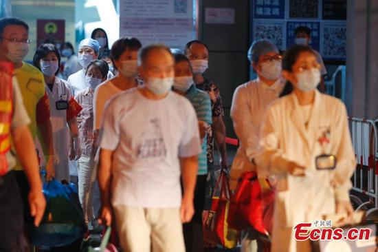 Shanghai Songjiang District Central Hospital lifts lockdown