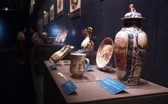 Export products in Qing Dynasty on display in Shanghai