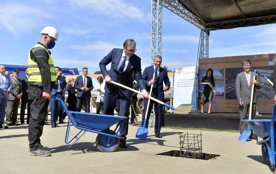 Serbian President Aleksandar Vucic (C) attends the ground breaking ceremony of the first Chinese COVID-19 vaccine factory in Europe, in Belgrade, Serbia, on Sept. 9, 2021. (Photo: Xinhua/Predrag Milosavljevic)