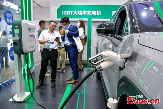 High-tech charging poles debut at 2021 World New Energy Vehicle Congress