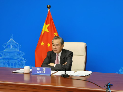 Chinese FM calls on all UNSC permanent members to be positive force for peace