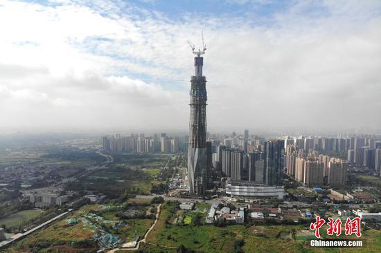 Tallest building under construction in Chengdu tops 400m