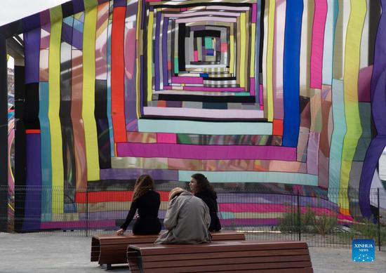 Istanbul's art fair charms art lovers in new venue