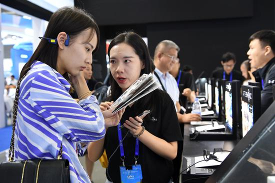 China's wireless earphones market sees growth in H1: report